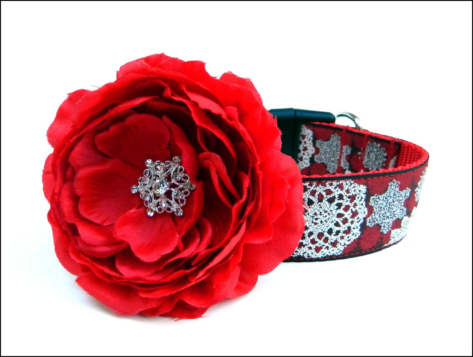 Dog Collars With Flowers